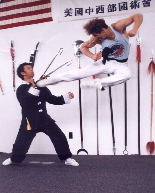 Larry Farwell kungfu